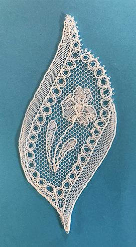 Dentelle de Bayeux de Vivien (modèle de M.Salvador)