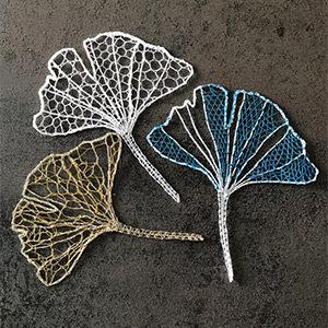 Trois feuilles ginkgo dentelle fuseaux