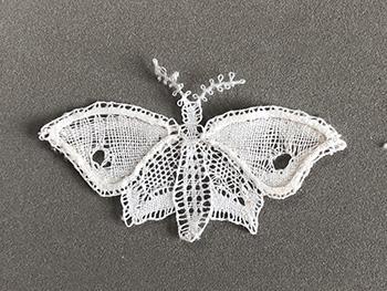 Papillon dentelle Duchesse de Élisabeth (modèle ulrike löhr)